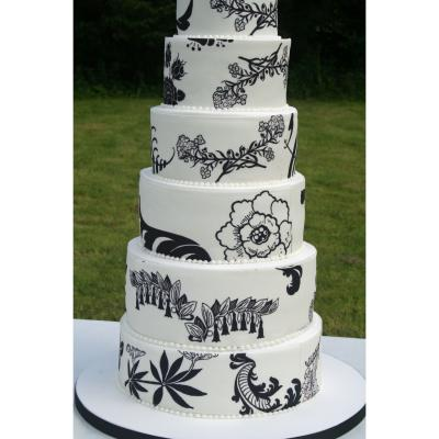 Edible Printed Icing in Contemporary Black and White