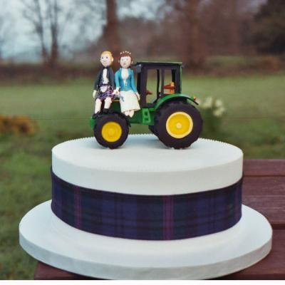 Sugarcraft Tractor Cake Topper