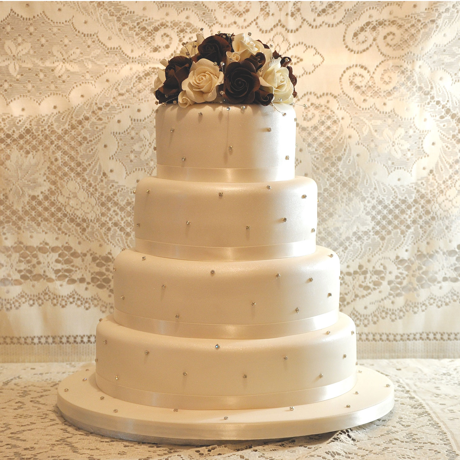 Wedding Cake with Daimante Studs