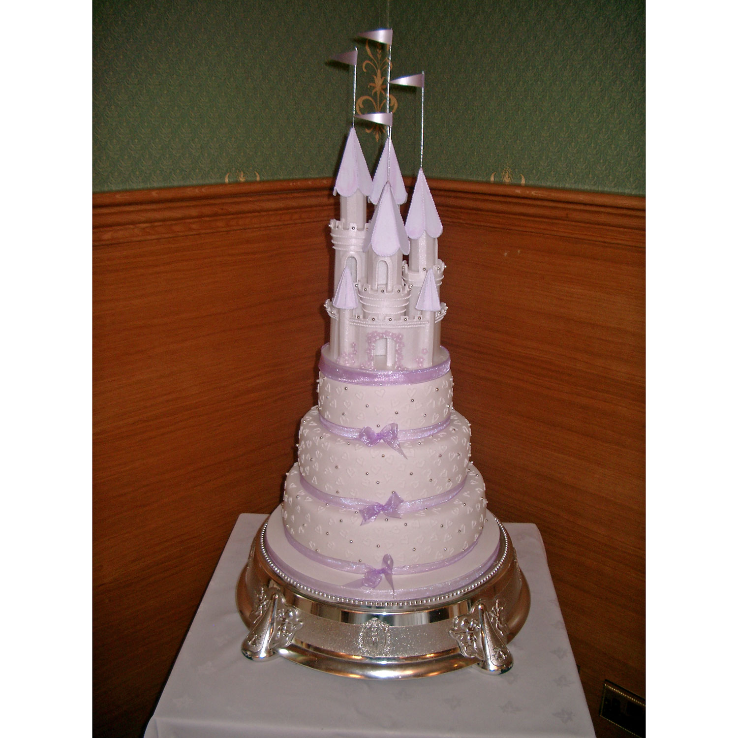 Fairytale Castle with Love Heart Decoration