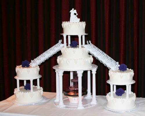 Fountain_Wedding_Cakes.jpg