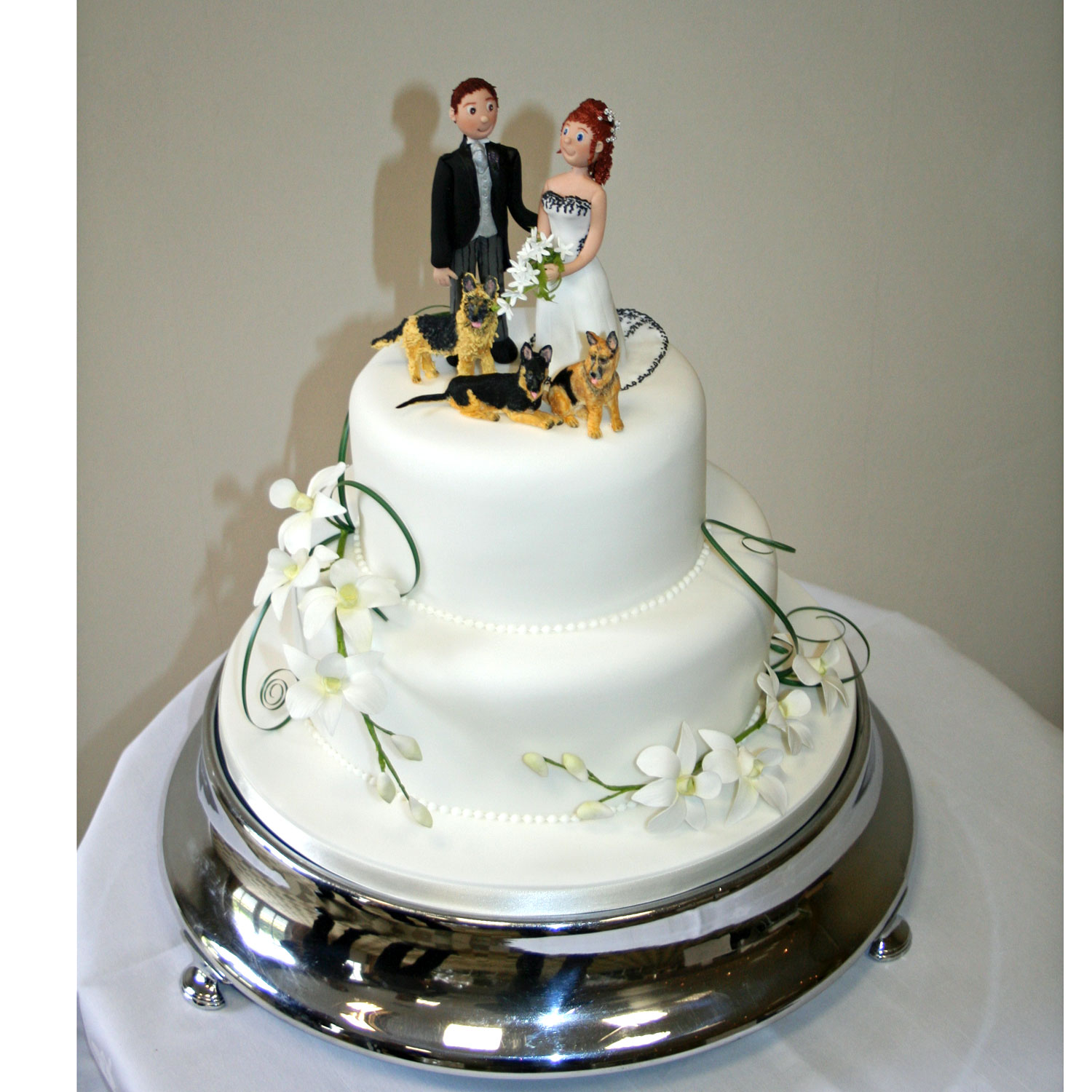 Sheperds Bespoke Wedding Cakes with Personalised Bride and Groom ...