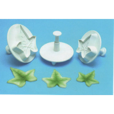 Holly Leaf Plunger Cutters ~ Set of Three