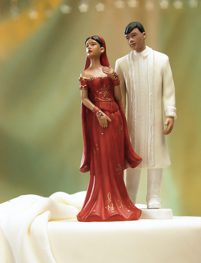 Wedding Gift For Groom From Bride In India : Indian Couple Indian Cake Topper
