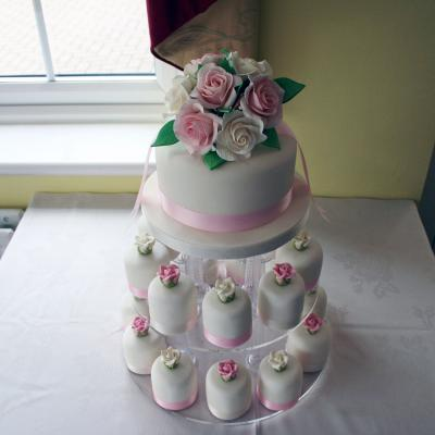 Individual Mini Wedding Cake with Top Tier