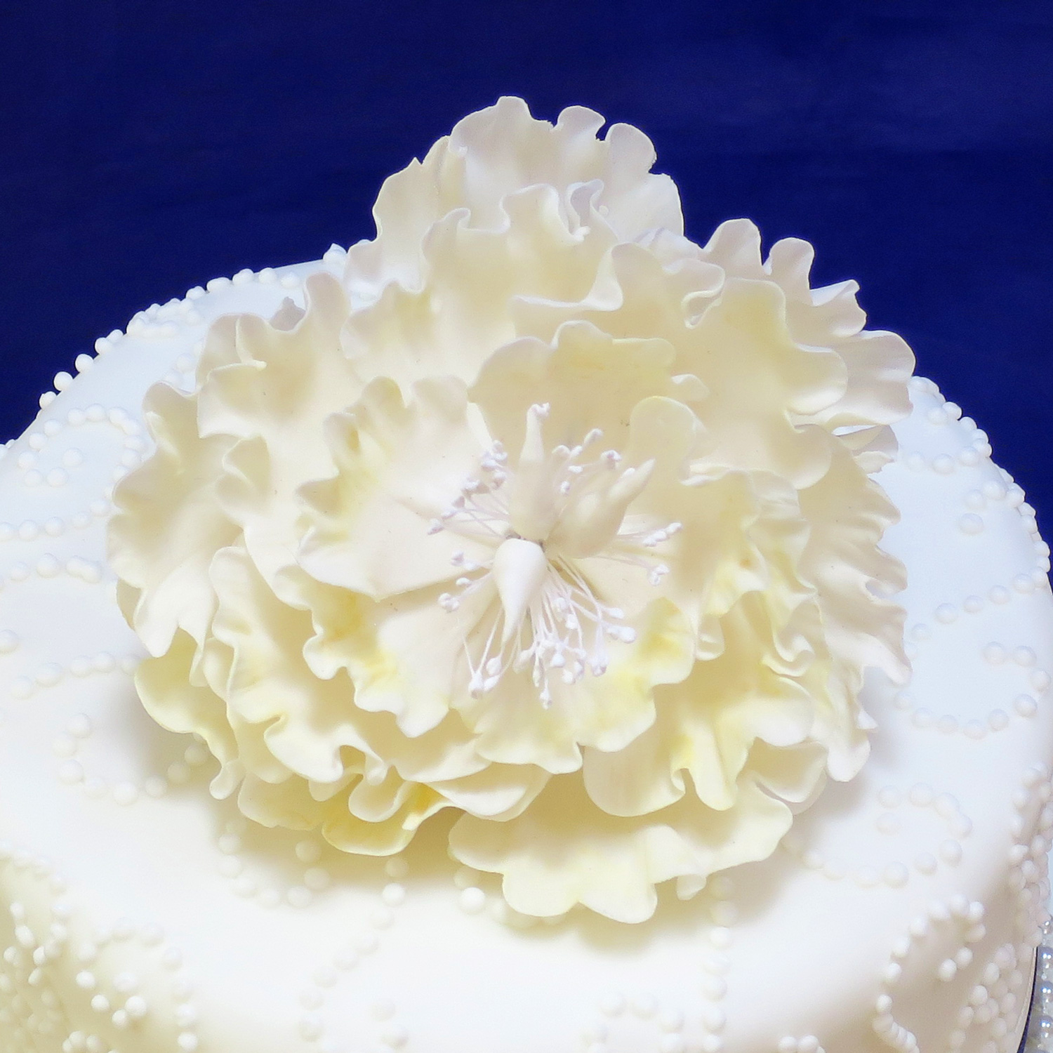 Sugarcraft flowers wedding cakes edinburgh scotland cream peony sugar rose izmirmasajfo