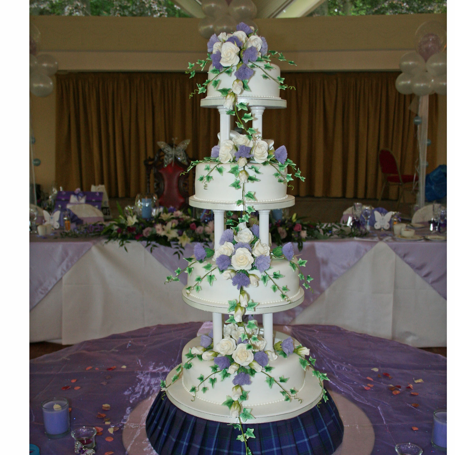 45 Wedding Cakes With Sugar Flowers That Look Stunningly: Charlene Scottish Wedding Cake With Tartan Cake Stand