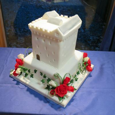 Comlogon Castle Wedding Cake