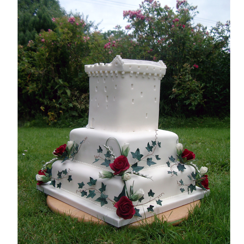 Castle Wedding Cake.Comlongon Castle Wedding Cake Comlongon Castle Wedding Cakes