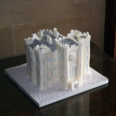 Duns Castle Wedding Cake