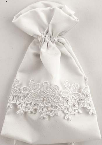 White Lace Favour Bags