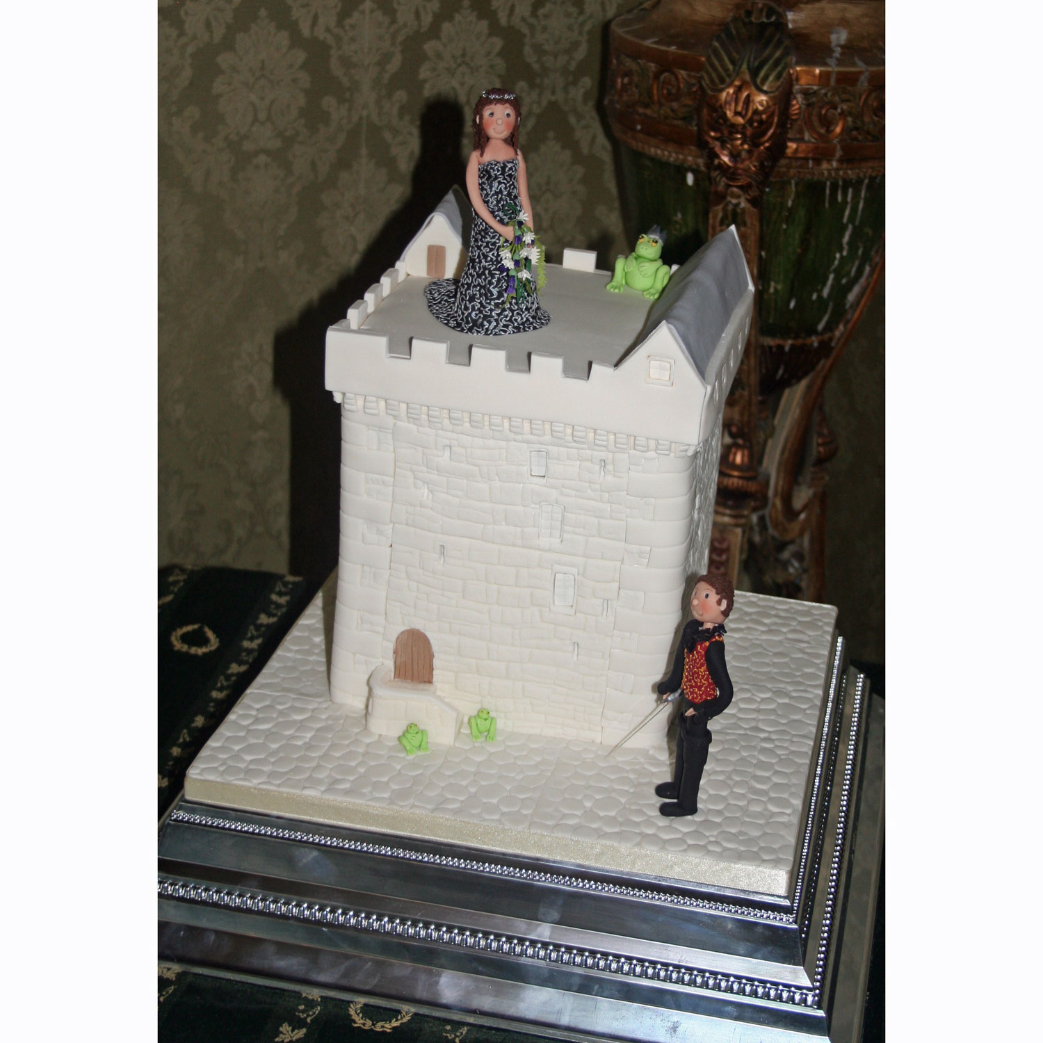 Medieval Castle Castle Wedding Cakes With Personalised Bride And