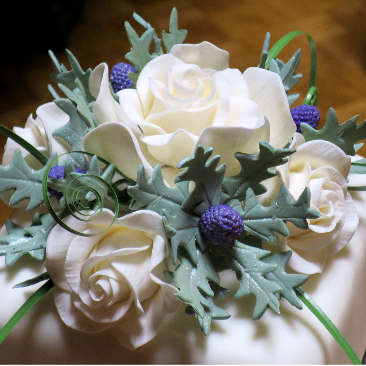 45 Wedding Cakes With Sugar Flowers That Look Stunningly: Sea Holly Thistle Sea Holly Thistles For Scottish Themed