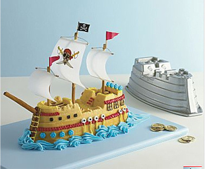 Pirate Ship Cake Tin