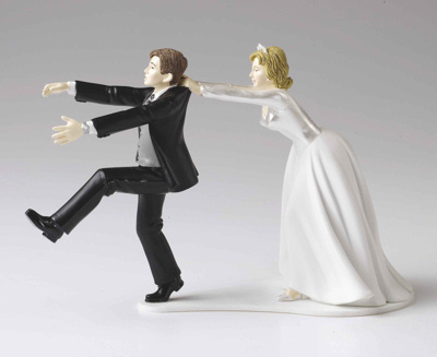 Cake Toppers Funny Uk : Humorous Bride and Groom Humorous Wedding Cake Toppers.