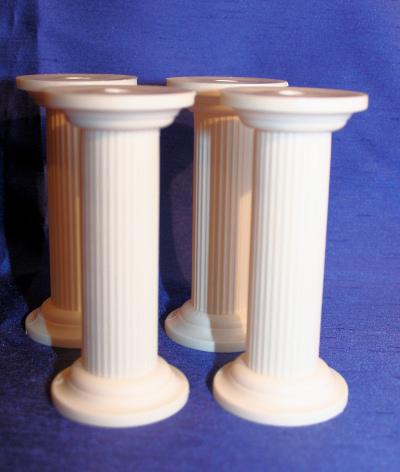 Ivory Plaster Look Pillars
