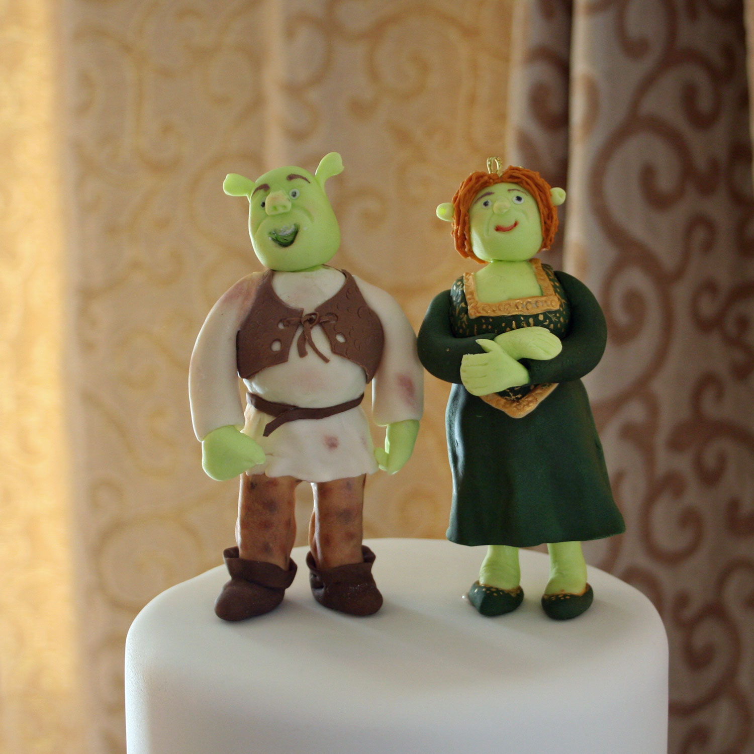 Shrek and Fiona Cake Toppers