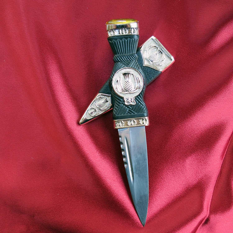 Best Man gift Wedding gift skene duh mens gift Scottish knife Groom gift Scottish gift Sgian Dubh in Burr Wych Elm and Sweet Chestnut