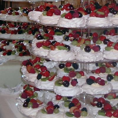 Wedding Pavlovas Pavlova Wedding Cake Meringues
