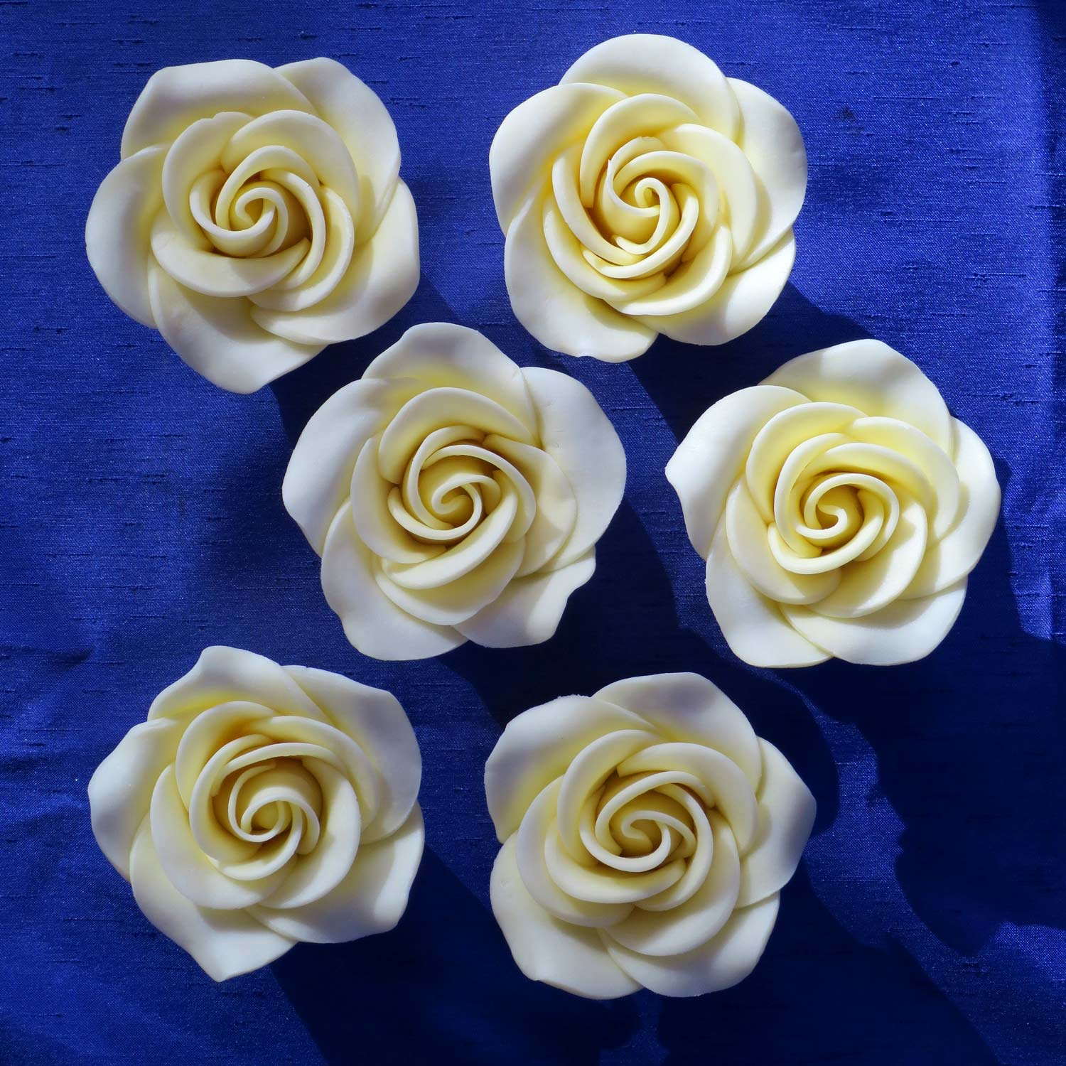 Giant White Chocolate Roses Giant White Chocolate Roses For Cake